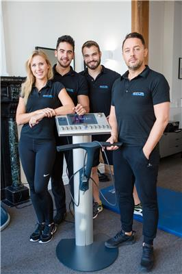 BODY TRAINING STUDIO team credit Ganaelle Glume