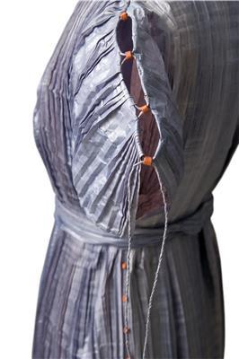 Isabelle de Borchgrave Paper Dresses 9833 a