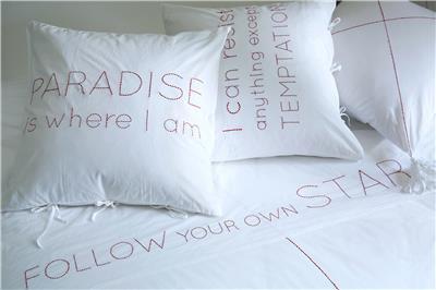 Valerie Barkowski bed linen blanc ORPHEUS carmin credit tania panova 6