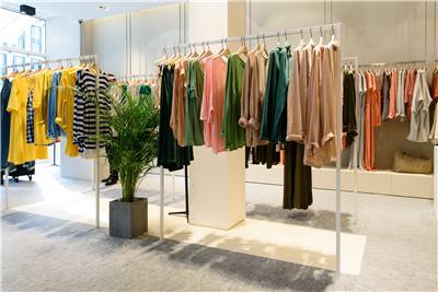 AMERICAN VINTAGE Brussels Louise Store 3